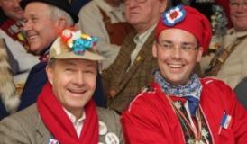 Hans-Peter Storz und Peter Friedrich beim Bieranstich 2011 - Foto: Sabine Tesche