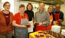 von links Carmen Haberland, Claudia Weber, Regina Brütsch, Hans-Peter Storz, Susanne Sargk und Dietmar Johann